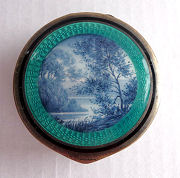 Scenic Enamel Guilloche Patch Box